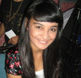 http://gonggoitem.files.wordpress.com/2009/05/shireen-sungkar.jpg?w=260&h=249